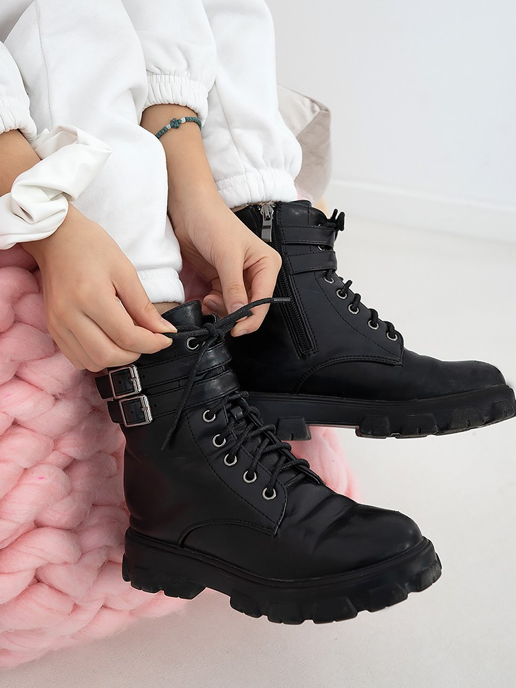 JESSICA BLACK BOOTIES