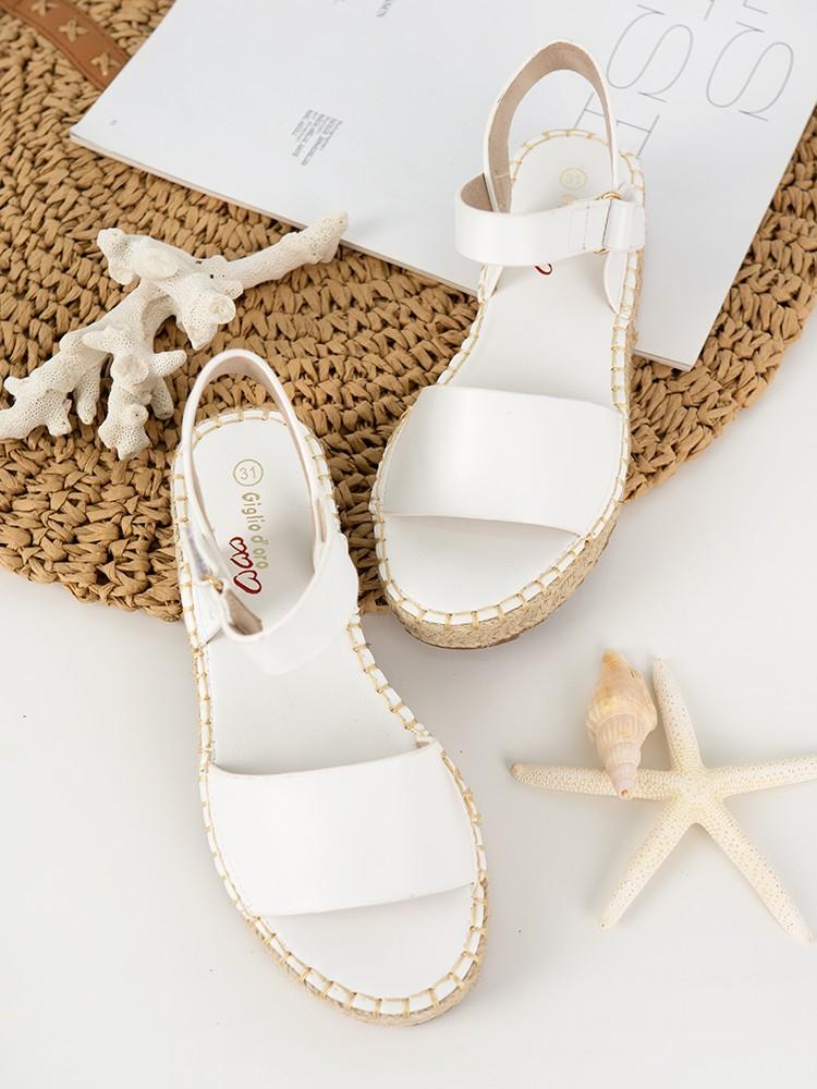 LISA WHITE FLATFORMS